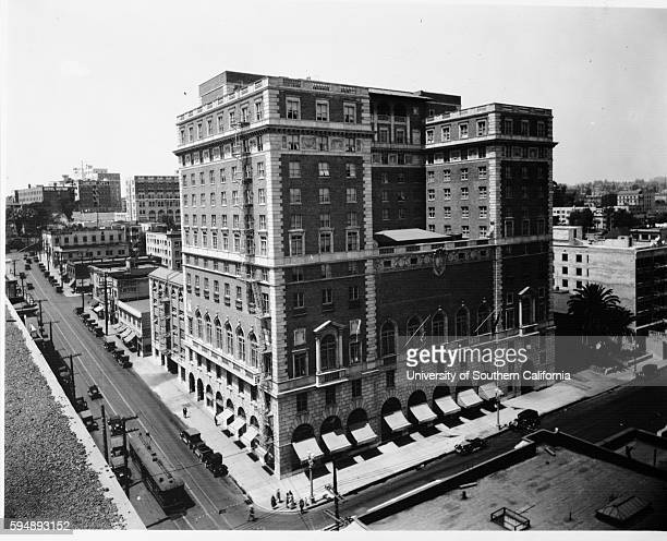 Photograph of the Jonathan Club 6th Street and Figueroa Street Los Angeles 30 October 1930 Streetscape Los Angeles California circa 1930