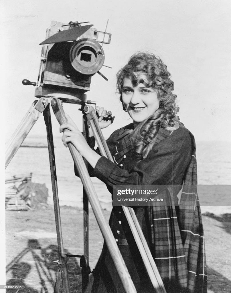 Mary Pickford. : News Photo