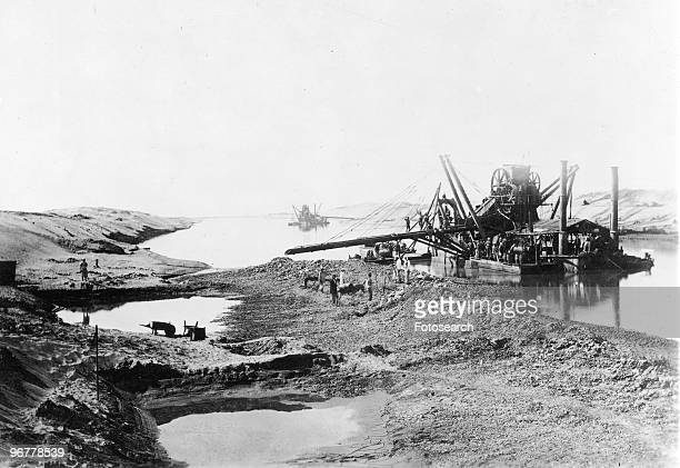 Photograph of Workers Constructing the Suez Canal, circa 1860.