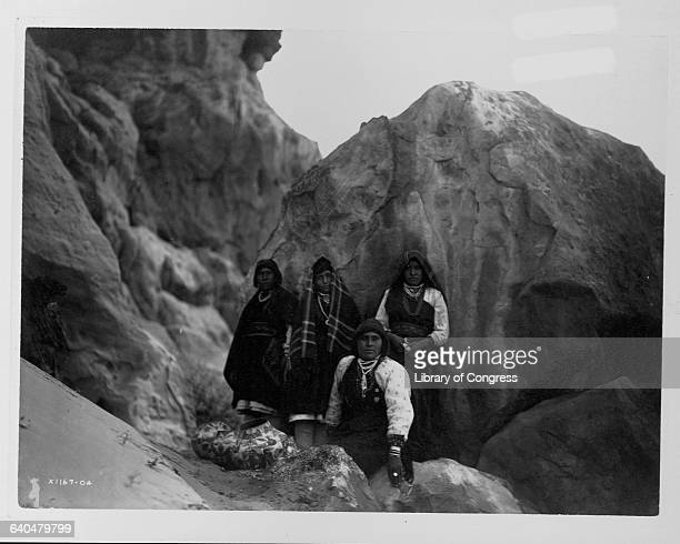A photograph published in Volume XVI of The North American Indian by Edward S Curtis