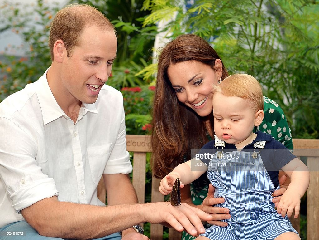 BRITAIN-ROYALS-GEORGE-BIRTHDAY-MESSAGE-FAMILY : News Photo