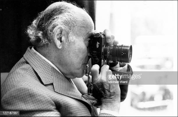 Photographer Alfred Eisenstaedt with his camera 1984