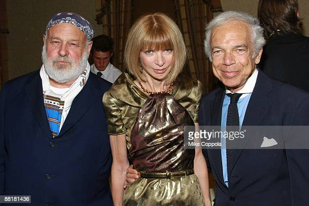 Photographer Bruce Weber editorinchief of American Vogue Anna Wintour and fashion designer Ralph Lauren attend the Gordon Parks Foundation's...