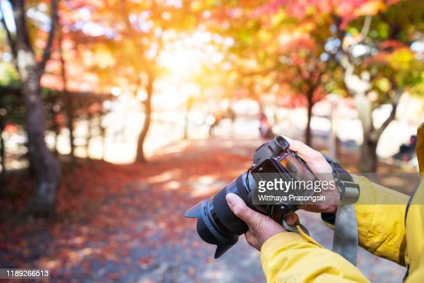 photographer in japan - journalism stock pictures, royalty-free photos & images