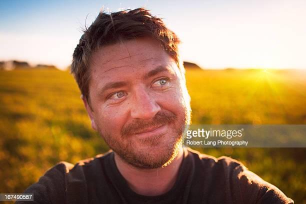 photographer self portrait and afternoon sunshine, - porto lincoln - fotografias e filmes do acervo