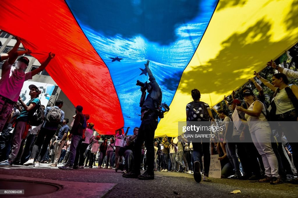 VENEZUELA-CRISIS-PROTEST-JOURNALISTS : News Photo