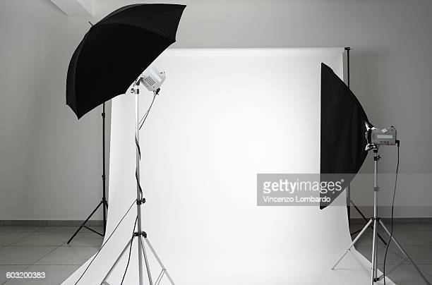 photographic studio - fotosession stock-fotos und bilder
