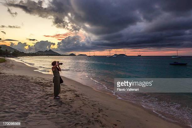 fotografiando hillsborough bay, carriacou - paisajes de isla de  granada fotografías e imágenes de stock