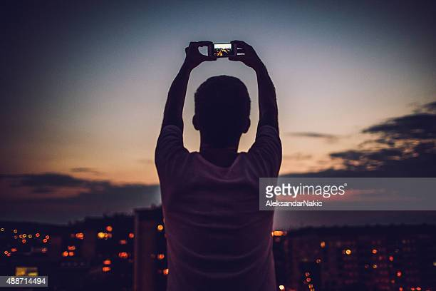 photographing that perfect time of the day - photographing stock pictures, royalty-free photos & images