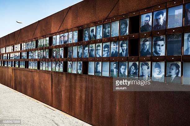 photographs of the fallen during cold war in berlin germany - bernauer strasse stock photos and pictures