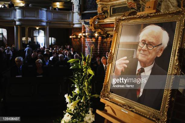 A photography of German comedian Vicco von Buelow is pictured prior to memorial service to honor Vicco von Buelow at the St Gotthardt church on...