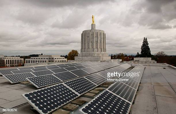 Photovoltaic solar panels are mounted on the west wing roof of the Oregon State Capitol November 14 2005 in Salem Oregon The 60 panels cover 850...