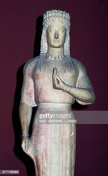 Phrasikleia Kore 550540 BC by Aristion of Paros Archaic Greek sculpture found in Myrrhinus Greece Greek civilisation 6th century Athens Ethnikó...