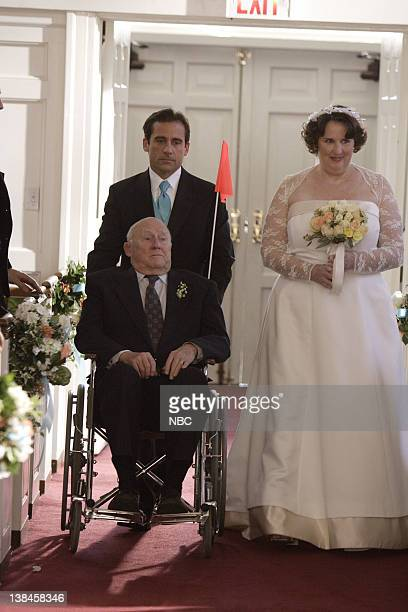 "Phyllis's Wedding"" Episode 16 -- Airdate 2/8/07 -- Pictured: Steve Carell as Michael Scott, Hansford Rowe as Elbert Lapin, Phyllis Smith as Phyllis..."