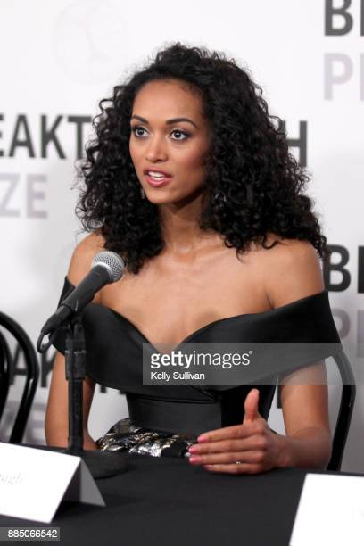 Physical scientist / Miss USA Kara McCullough attends the 2018 Breakthrough Prize at NASA Ames Research Center on December 3 2017 in Mountain View...