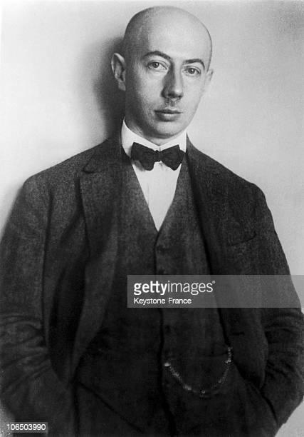 Physician Gustav Ludwig Hertz Nobel Prize 1925