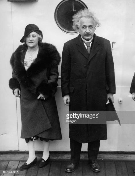 Physicist Albert Einstein with his wife on board of the ship Red Star liner Photograph About 1930 Physiker Albert Einstein mit seiner Frau an Bord...