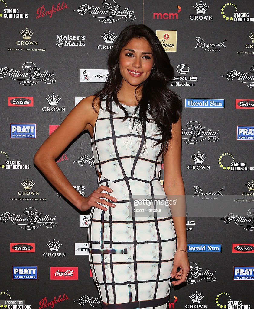 Pia Miller arrives at the annual Million Dollar Lunch fundraiser for children with cancer on July 29, 2011 in Melbourne, Australia.