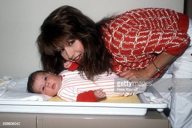 Pia Zadora Tochter Kady Riklis Homestory am in Los Angeles USA