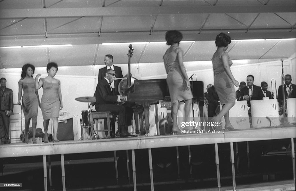 Ray Charles At Sound Blast '66 : News Photo