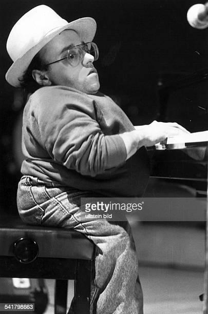Pianist, Fam Flügel während der Veranstaltung'Jazz in the Garden' in Berlin- Juli 1989