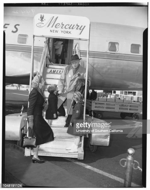 Pianist greeted by wife and two children on arrival at the Los Angeles International Airport 16 December 1951 Arthur RubinsteinMrs Nela...