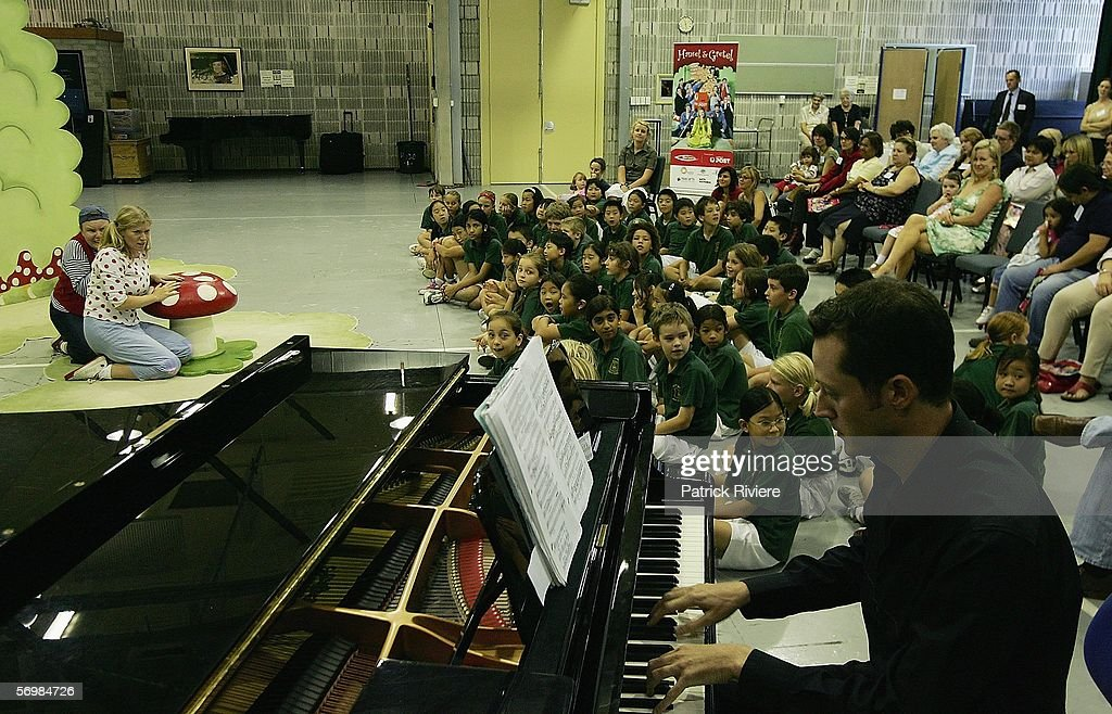 Pianist Heinz Schweers performs in front of the Crown Street Primary school children during the OzOpera tour launch for Humperdinck's 'Hansel and Gretel' at The Opera Centre on March 3, 2006 in Sydney, Australia.Thousands of primary school children will see opera for the first time when Opera Australia's OzOpera heads off to perform its highly popular 50-minute version of Humperdinck's opera Hansel and Gretel in primary schools all over New South Wales.