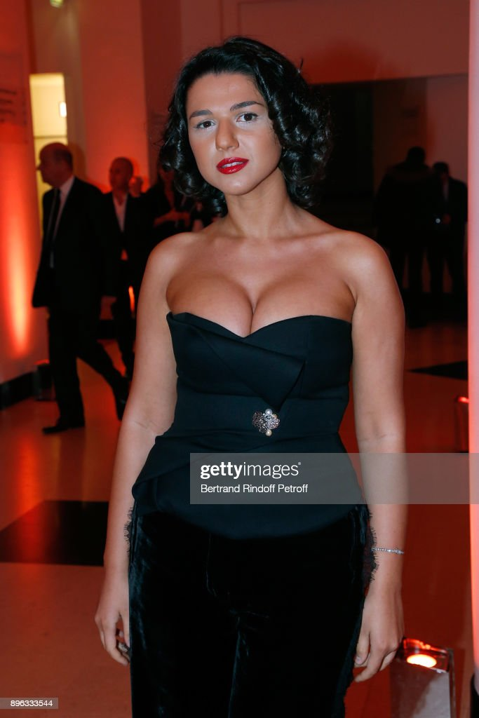 https://media.gettyimages.com/photos/pianist-khatia-buniatishvili-attends-the-gala-evening-of-the-council-picture-id896333544