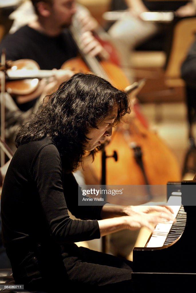 pianist mitsuko uchida practices beethoven s third piano concerto