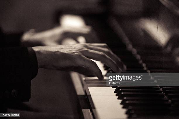pianist - jazz stock pictures, royalty-free photos & images