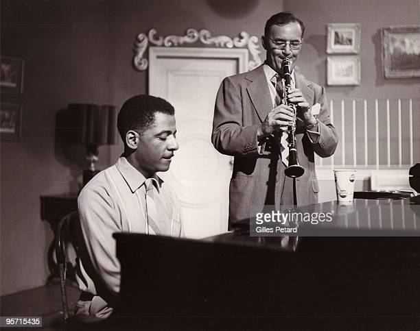 Pianist Teddy Wilson and clarinetist Benny Goodman perform together in 1945