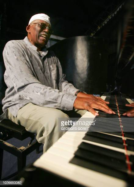 US piano player Randy Weston rehearses before his concert with the Randy Weston African Rythms late 27 May 2007 in the northern Senegalese city of...