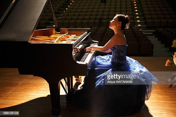 Pianoist in rehearsal