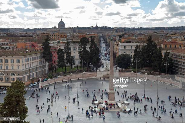 piazza del popolo and flaminio obelisk in rome - gwengoat foto e immagini stock