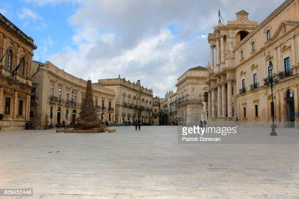 Piazza Duomo and Cathedral, Syracuse, Sicily, Italy