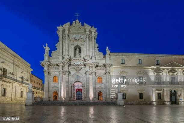 Piazza Duomo at Dawn