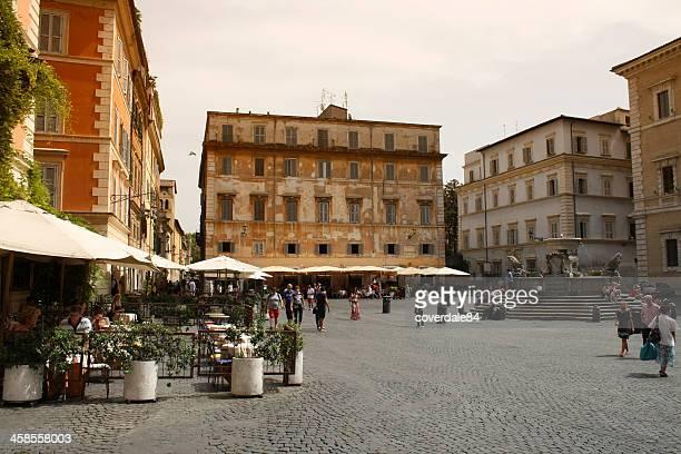 piazza farnese a roma, italia - piazza foto e immagini stock