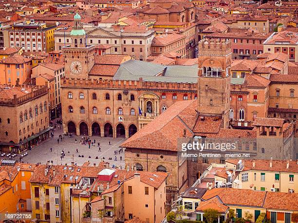 piazza maggiore, bologna - bologna stock pictures, royalty-free photos & images