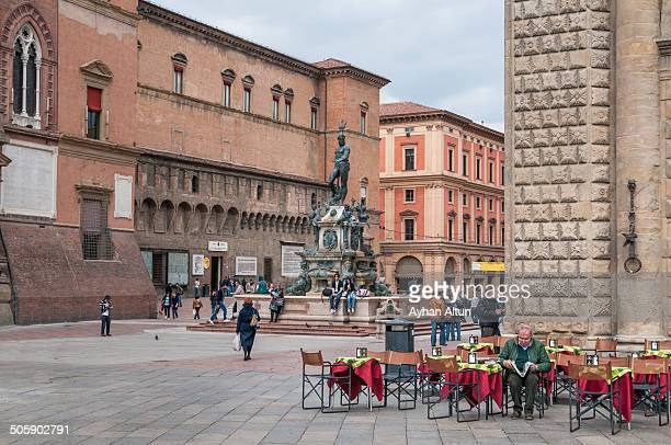 CONTENT] Piazza Maggiore is a square in Bologna Italy It was created in its present appearance the 15th century