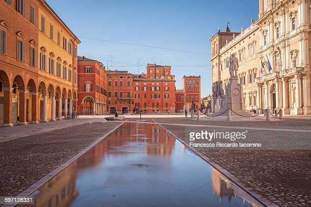 piazza roma, modena, italy - modena stock pictures, royalty-free photos & images