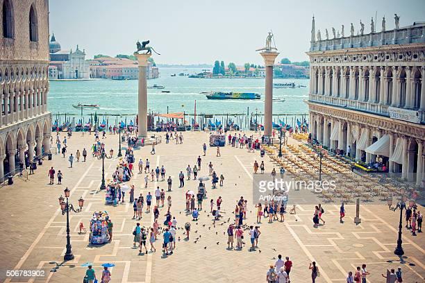 piazza san marco - basilica di san marco foto e immagini stock