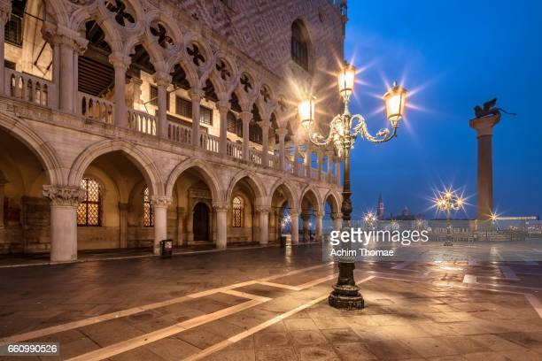 piazza san marco, venice, italy, europe - ruhige szene stock pictures, royalty-free photos & images