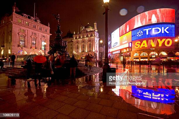 picadilly circus london uk - piccadilly stock pictures, royalty-free photos & images