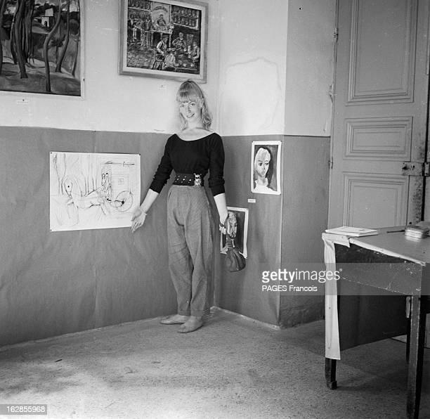 Picasso And Sylvette David later Lydia Corbett En Aout 1954 dans le sud de la France Vallauris Sylvette DAVID 19 ans 1m 60 blonde aux yeux vert est...