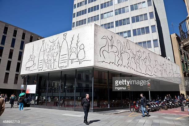 Picasso drawings reproduced on Barcelona building