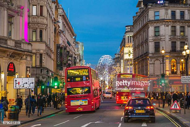 piccadilly circus in london - traffic light stock pictures, royalty-free photos & images