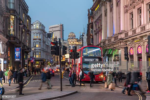 piccadilly circus in london - piccadilly stock pictures, royalty-free photos & images