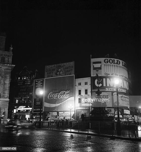 Piccadilly Circus is blacked out at 715 pm on Saturday 12 December 1970 due to power strike December 1970 7011708