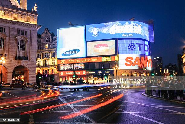 piccadilly circus, london - piccadilly circus imagens e fotografias de stock