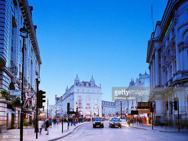 piccadilly circus - west end london stock pictures, royalty-free photos & images